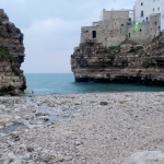 Polignano a Mare - pláž a staré město