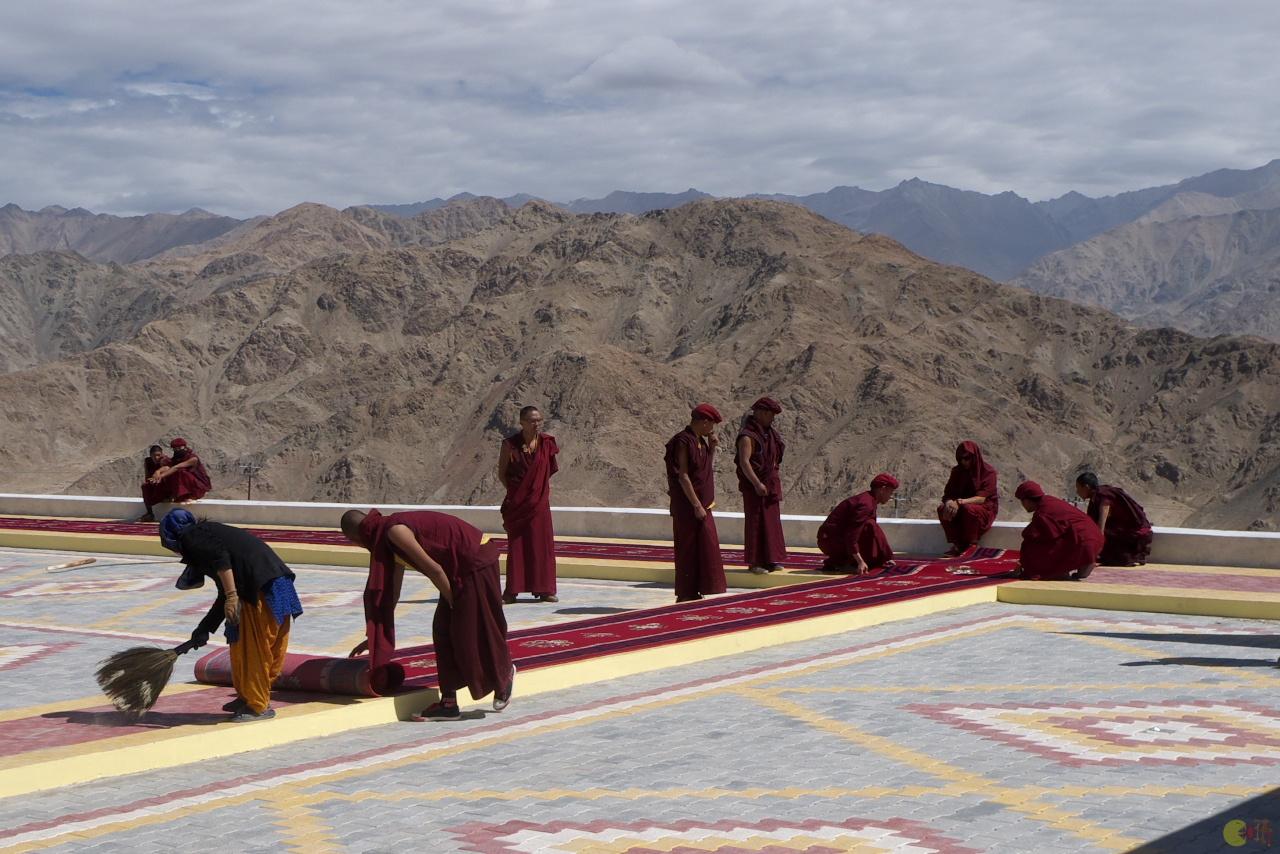 Příprava na příjezd dalajlámy