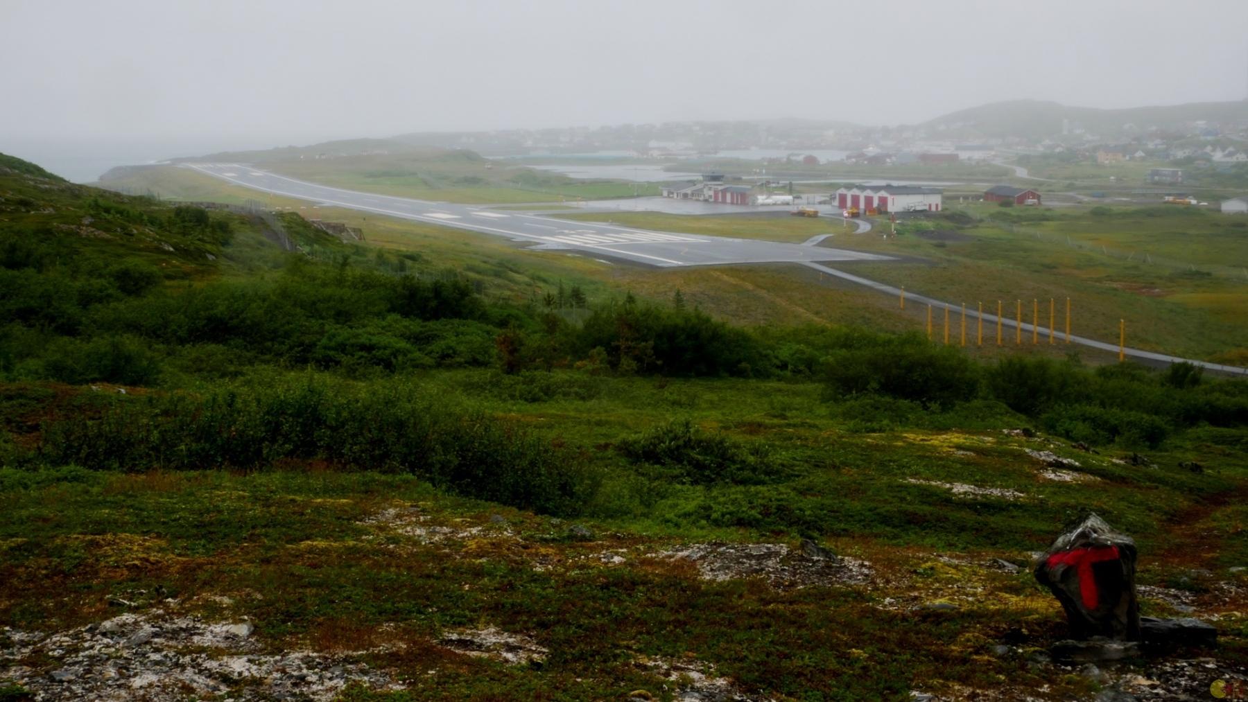 Mehamn při návratu - tady dole už není mlha tak hustá.