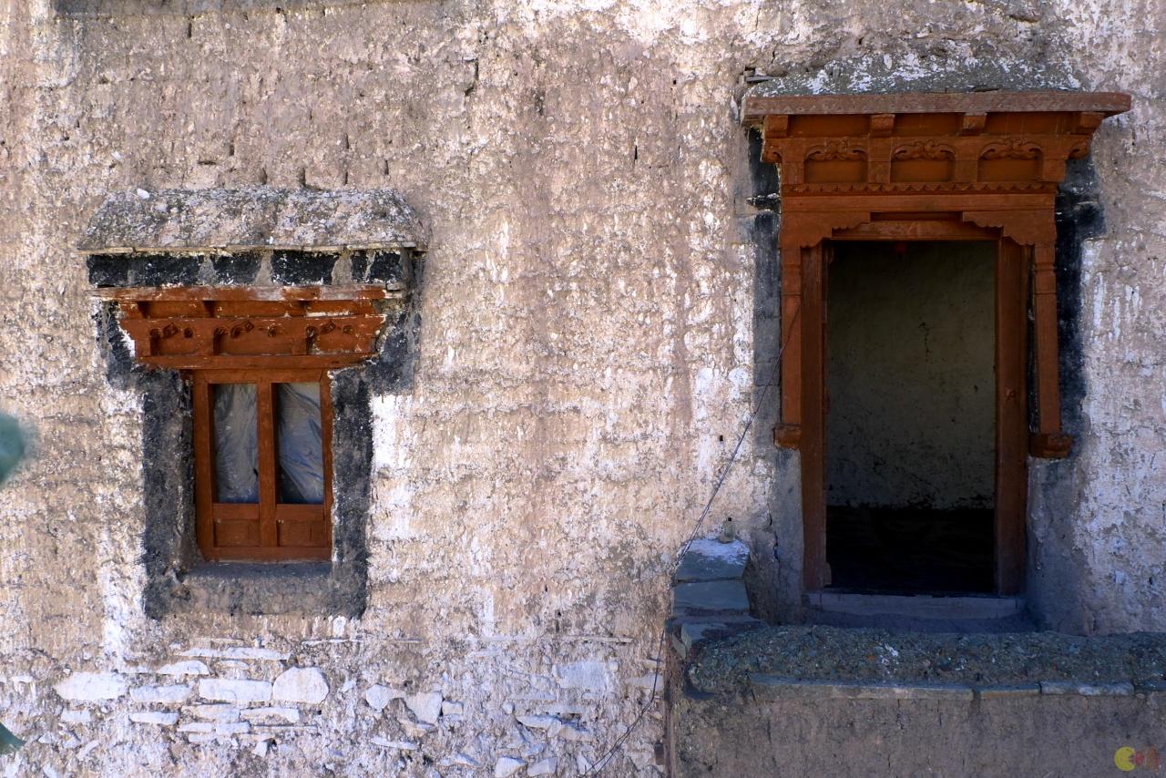 Architektura v Yurutse