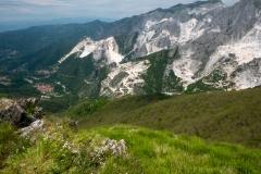 Odtěžené hory a Bedizzano