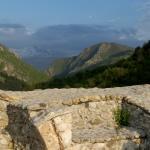 Výhled z pevnosti na Šar Planinu.