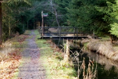 Cesta podél náhonu v Bayerisch Eisenstein